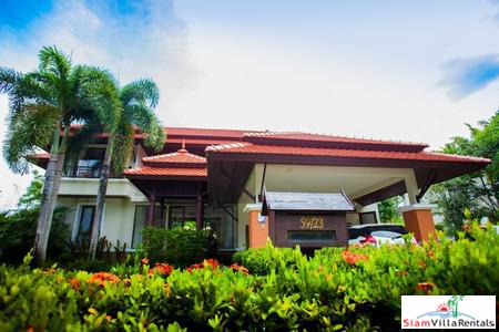 Four-bedroom house for rent in Laguna, 5 minute drive to Bang Tao Beach