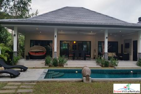 3-Bedroom Pool Villa with Lovely Garden and Terrace in Rawai