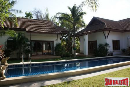 Tropical Balinese Three-Bedroom House for 7
