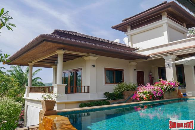Detached Fully Furnished Four-Bedroom House 4