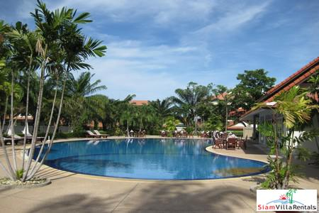 Gorgeous 2 Bedroom Pool Villa near Jomtien Beach For LT Rent