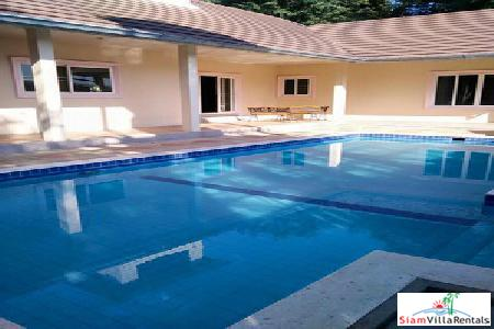 Reasonable Price 3 Bedroom Pool Villa For Long Term Rent in East Pattaya