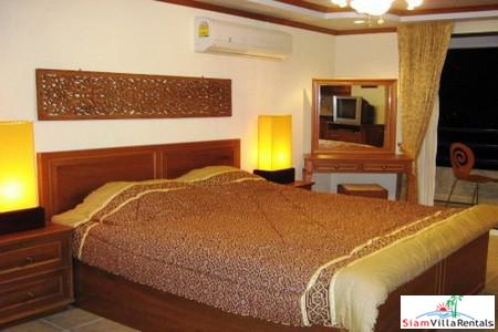 Spacious Studio Condo (47sq.m.)  in Jomtien For Sale