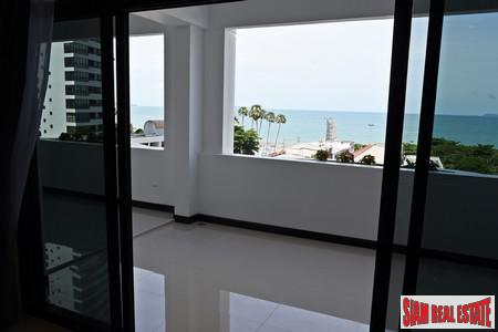 Marvelous 2 Bedrooms Condo located in the best part of Jomtien with great seaview