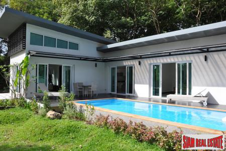 Modern Pool Villa Close to Beach in Koh Lanta