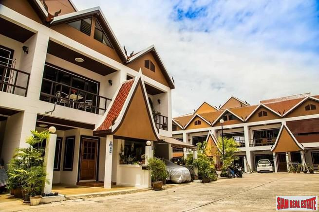 4 Bedroom Townhouse on Pratumnak Hills For LT-Rent