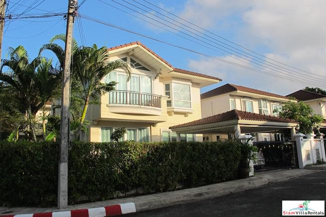 Supalai Garden Ville | Two Storey Four Bedroom Picturesque Garden Ville for Rent in Pa Klok