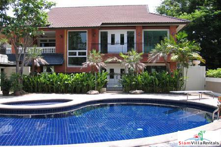 Three Bedroom Private House for Rent Near Ekkamai BTS.