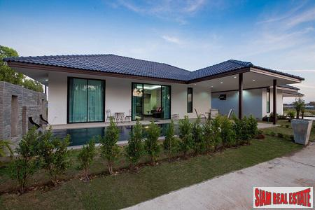 Modern Pool Villas in New Hua Hin Development