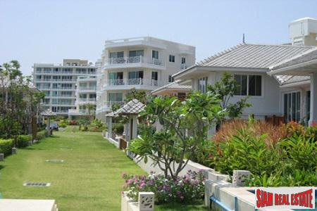 Sea Front View Condominium in Central Hua Hin