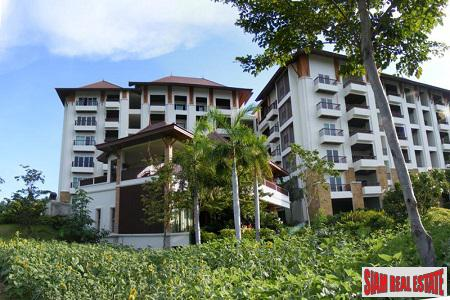 Modern New Condominium Steps from Hua Hin Center