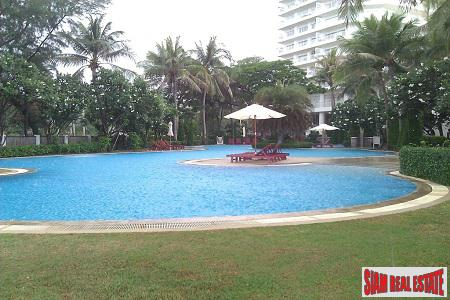 Sea Views and Steps to the Beach from this Modern Condo in Hua Hin