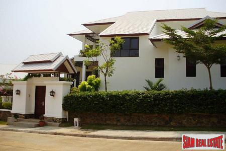 Beautiful Sea View Home for sale in Hua Hin