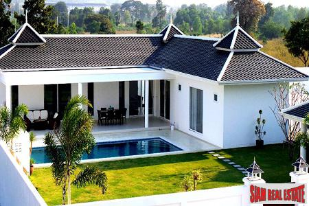 Hua Hin Center - High Quality Villas with European Standards very close to town.