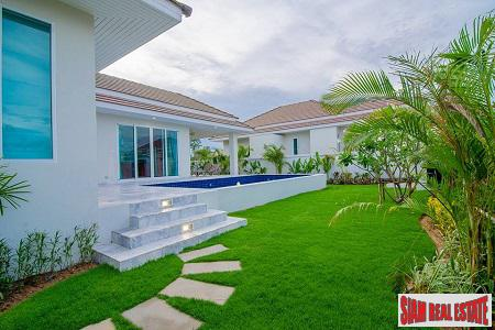 Beautiful and Modern 3 and 4 bedroom Pool Villas in Hua Hin