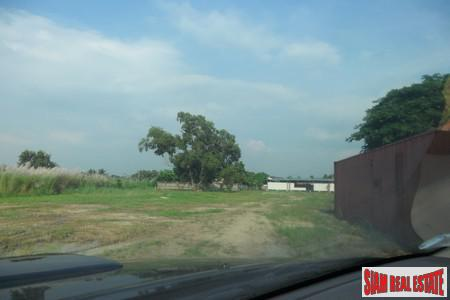 Land in Prime Development Site For Sale