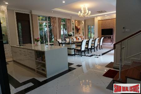 Executive Family Home. Pattanakarn. 5 bedrooms over 720 Sqm. 180 Sqm rooftop deck.