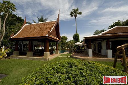 Thai Style Luxury Beach Front Villa
