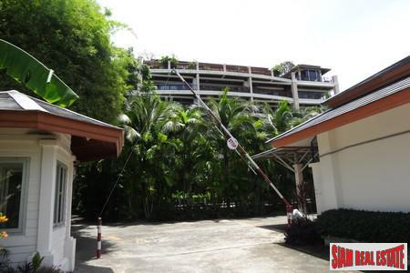 Two Bedroom Seaview Condominium 12