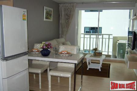 Soi 59. Short walk to Thonglor BTS. 1 bedroom, 40 Sqm. 4.95 MB.
