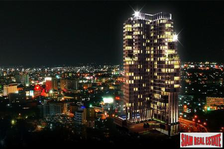 Luxury Condominium in The Heart of Pattaya - convenient access to all of Pattaya and Jomtien