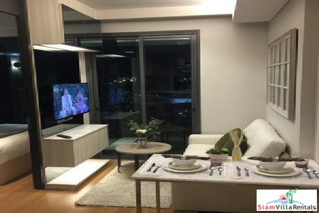 The Lumpini 24 | Luxury Bedroom Condo for Rent at Sukhumvit 24