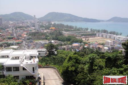 Exceptional Townhouse for Sale with Magnificent views of Patong Bay