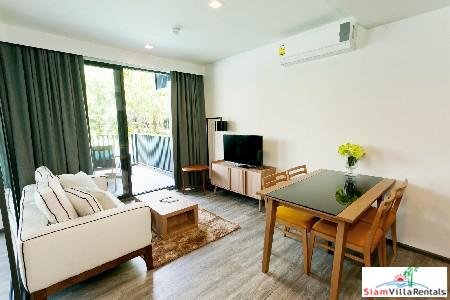 Luxury Living in 2-Bedroom Condominium, 10