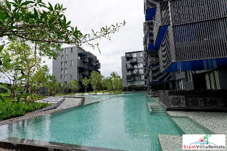 Luxury Living in 2-Bedroom Condominium, 17