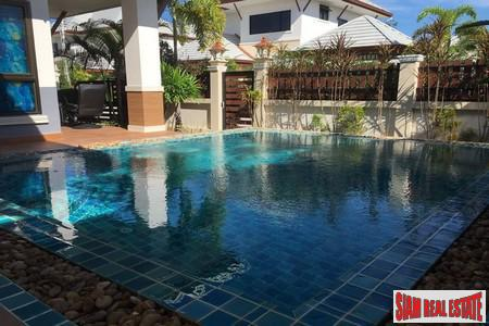 Hot Sale! Beautiful Fully Furnished Pool Villa with Pavillion