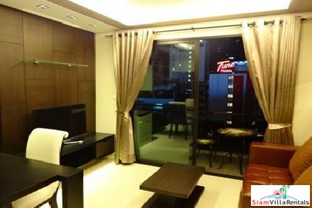 Luxury city living 1 bedroom. Le Cote Sukhumvit BTS Asoke..