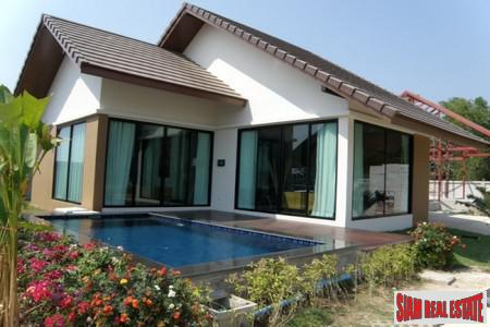 New Pool Villa House in Na Jomtien Huay Yai