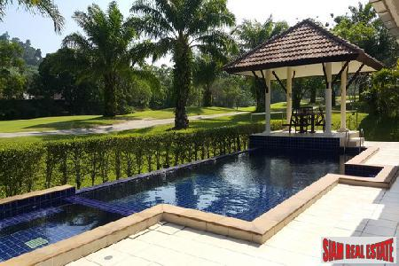 3 Bed Pool Villa for Sale directly on Loch Palm Golf Course