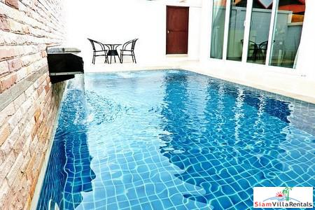 Luxurious Beautiful 2 Beds Private Pool Villa Jomtien - LT-Rental Include Free Internet+Cable TV+Pool and Garden Maintenance