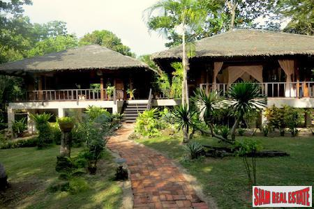 Magnificent Tropical Island Beach Villa on Pristine Koh Jum, Krabi