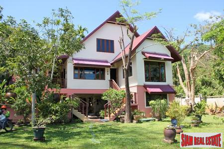 Beautiful Three Bed Sea View Thai Country Stlye House with Large Gardens at Koh Sirey