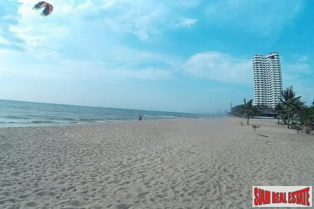 Beachfront Condo Resort Pattaya At 4