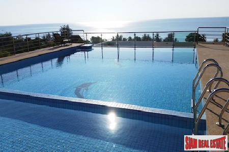 Sensational Sea Views from the Top Floor of this Condominium for Sale in Cha Am, Hua Hin