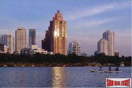 Aguston Sukhumvit 22  | Three  Bed Corner unit for sale on 23rd Floor at (Pets Allowed)