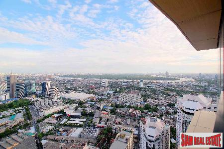The Lumpini 24 | Three Bed Penthouse on 45th Floor for Sale at Sukhumvit Soi 24