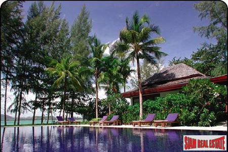 Ocean Front Pool Villa Living at Bang Tao Beach, Phuket