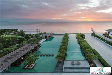Super Luxury Absolute Beachfron  1 Bedroom Condominium in Pattaya