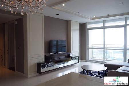 Elegant Two Bedroom Apartment for Rent at Athenee Residence