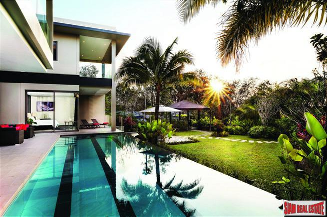 Luxurious Villas in a Private 7
