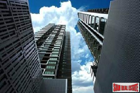 1 Bed Modern Contemporary Condo for Sale at Emporio Place, Sukhumvit 24