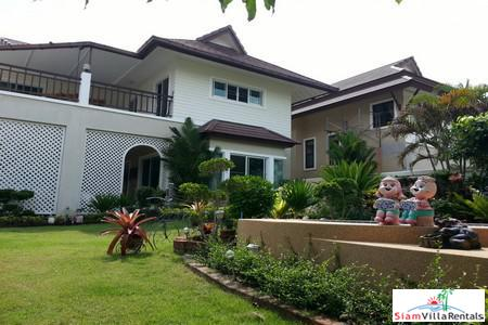 3 Bedroom House with outdoor jacuzzi for Rent in East Pattaya