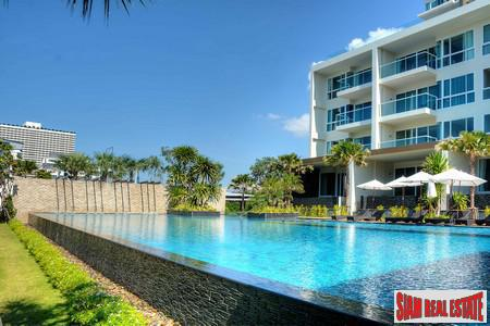 Absolute Beachfront Luxury Condominium in 5
