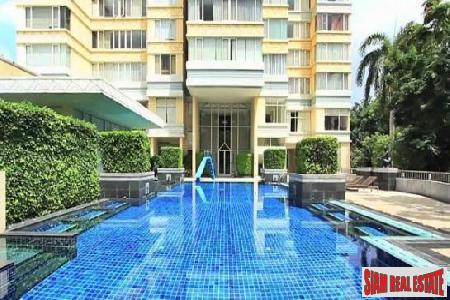 Luxury 4 Bed Condo for 2