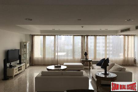 Luxury 4 Bed Condo for 7