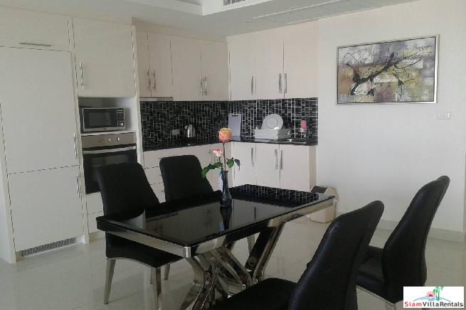 Luxurious Large 3 Beds Condo 3
